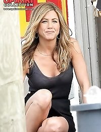 Jennifer Aniston upskirt pictures