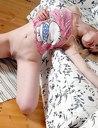 The Fabulous Nude Teen Made Up Her Mind To Hide On The Attic For Having Some Wonderful Time On An Ol