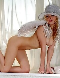Nude Stupendous Teen Wears Only A White Hat And Pure Wings, Which Make The Kitten A Real Angel From