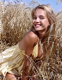 Amazing Blonde Babe Visits The Country Side To Spread Her Sexiness And Show Off Her Beautiful Teen B