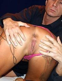Dirty tattooed whore blows her perverted client