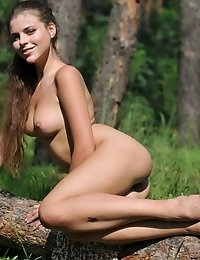 Captivating Beauty With A Flawless Body Poses Naked Outdoors Showing Off Her Tits And Pussy.