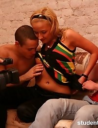 Babe wildly opens mouth for three throbbing rods