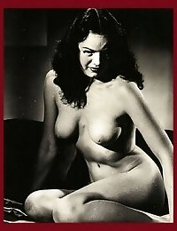 Vintage mature's body is hot enough to be recorded
