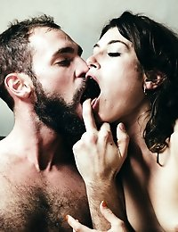 The chef seduces his mistress with food and wine