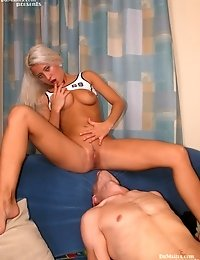 Horny Teen Gets Her Pussy Drilled With A Long Tool
