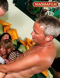 German mature swingers showing their sex