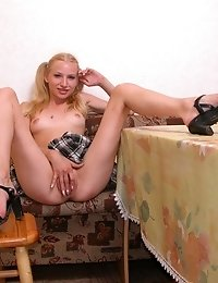 Blonde Barely-legal Babe Teases With Her Cunt