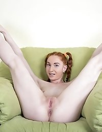 This Wonderful Teen Cock Gobbler Has A Lot Of Fun With Showing Off Her Amazingly Flexible Body As Sh
