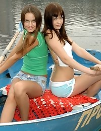 You Will Be Totally Excited And Will Make Your Mouth Water On Seeing These Hot Pics With Sweet Teens
