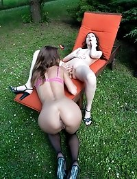 Babes with hot asses have kinky backyard fun
