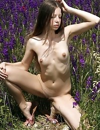 Will You Let This Nude Teen Model Bring You On Cloud Seven Of Pleasure And Excitement With Her Nice
